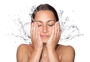 Vatten är bra för hud och hälsa